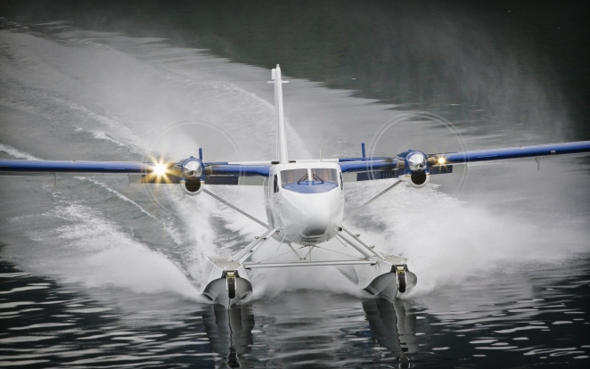 Twin Otter with floats